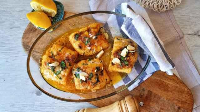 Bacalao asado con mantequilla y limón, una receta diferente con este pescado