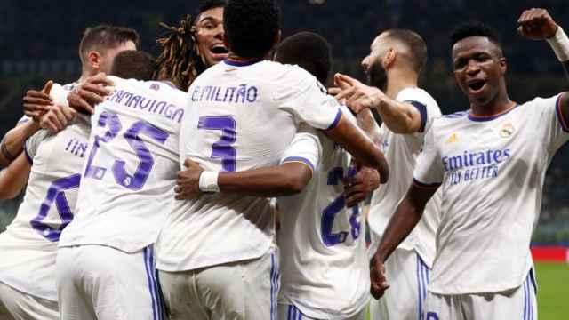 Piña de los jugadores del Real Madrid en la temporada 2021/2022
