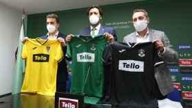 Presentación de la nueva camiseta del CD Toledo con el patrocinio de Tello. Foto: Óscar Huertas