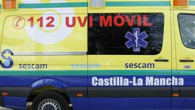 Trasladado en UVI a Toledo un trabajador que ha caído de 5 metros de altura