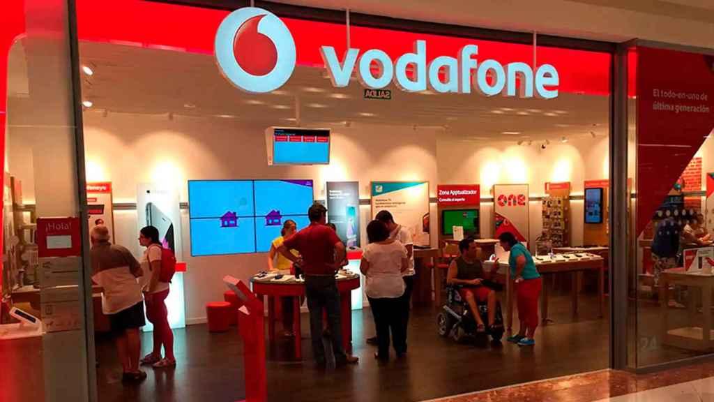 Vodafone cerrará las 34 tiendas fisicas propias que tiene en España