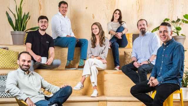 Equipo de la nueva incubadora de startups: (izquierda a derecha): Juan Carlos Milena, Rodrigo Die, Pedro Jareño, María Migallón, Silvia  Rodríguez, Ángel Quesada, Edu Bernabé.