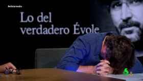 Jordi Évole vuelve a sufrir un ataque de cataplexia durante su visita a 'El Intermedio'
