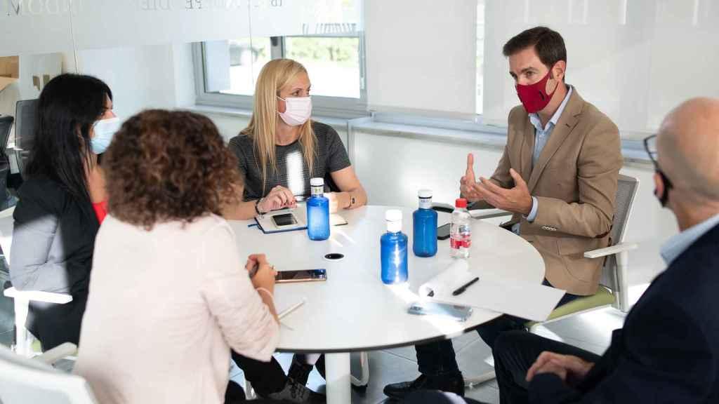 Un instante de la mesa redonda sobre ciberseguridad organizada por D+I.