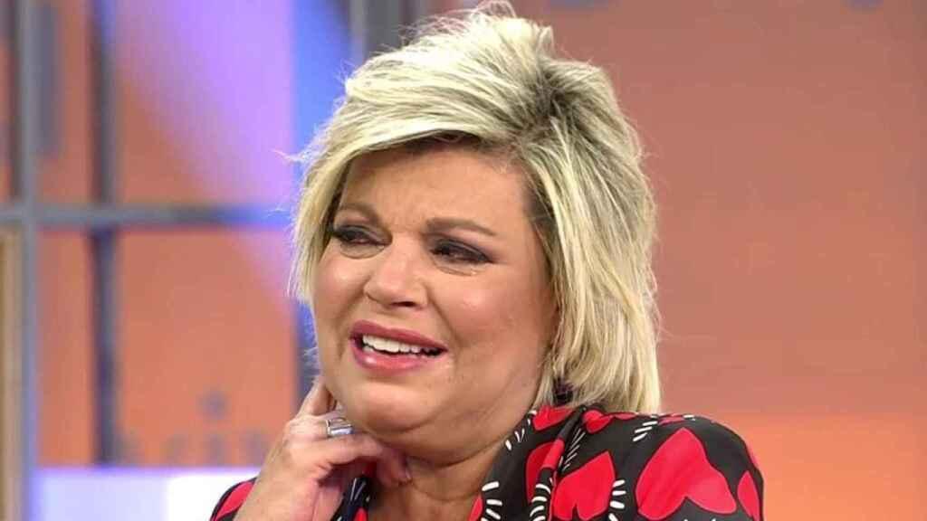 Terelu se rompe en 'Viva la vida' al ver cómo los reporteros siguen a María Teresa Campos