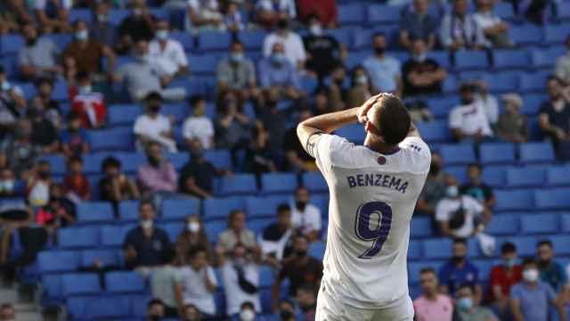 Benzema, durante el Espanyol - Real Madrid