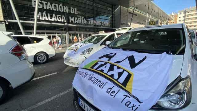 Protesta del taxi contra el aumento de las VTC en Málaga.