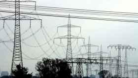 La UE quiere hacer frente a la crisis energética: intervenir el mercado de CO2 y centralizar la compra de gas