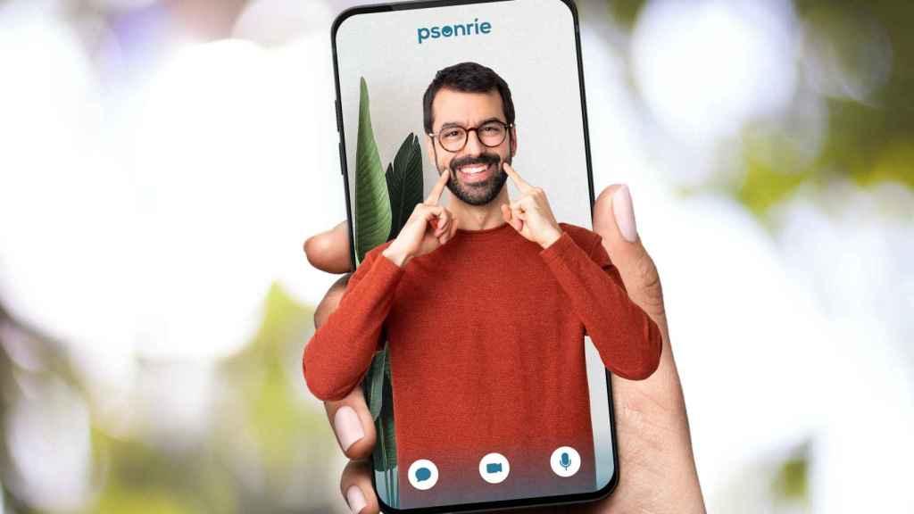La aplicación de Psonríe permite disponer de un psicólogo en tiempo real o por cita previa de forma sencilla y personalizada, a través del teléfono móvil.