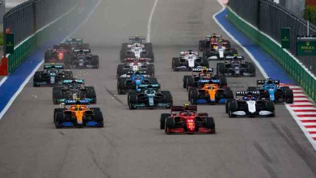 La salida del Gran Premio de Rusia de Fórmula 1 de 2021