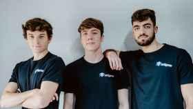 Alejandro Cañada, Louan Rousseau y Alejandro Sánchez son los tres jóvenes seleccionados por Wise entre los 20 emprendedores europeos menores de 20 años más prometedores.