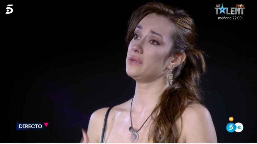 Adara Molinero, emocionada tras hablar con Rodri Fuertes.