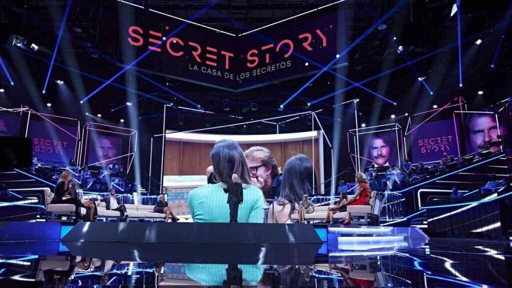 Telecinco trocea la emisión de 'Secret Story' este domingo para evitar competir con el fútbol de La 1
