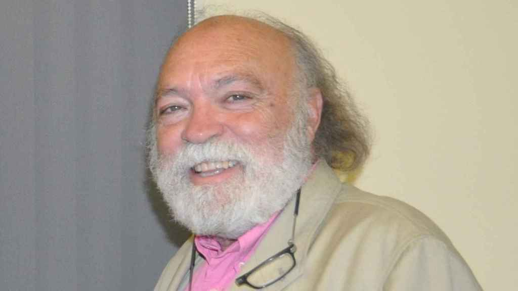 Francisco Uribes.