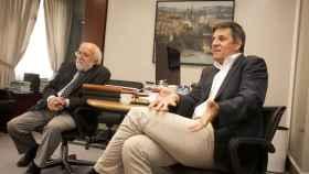 El profesor de la Universidad de Ginebra Michel Mayor desarrolló el espectrógrafo y el doctorando Didier Queloz el software para analizar los datos. Foto: F. RAMÓN ARECES