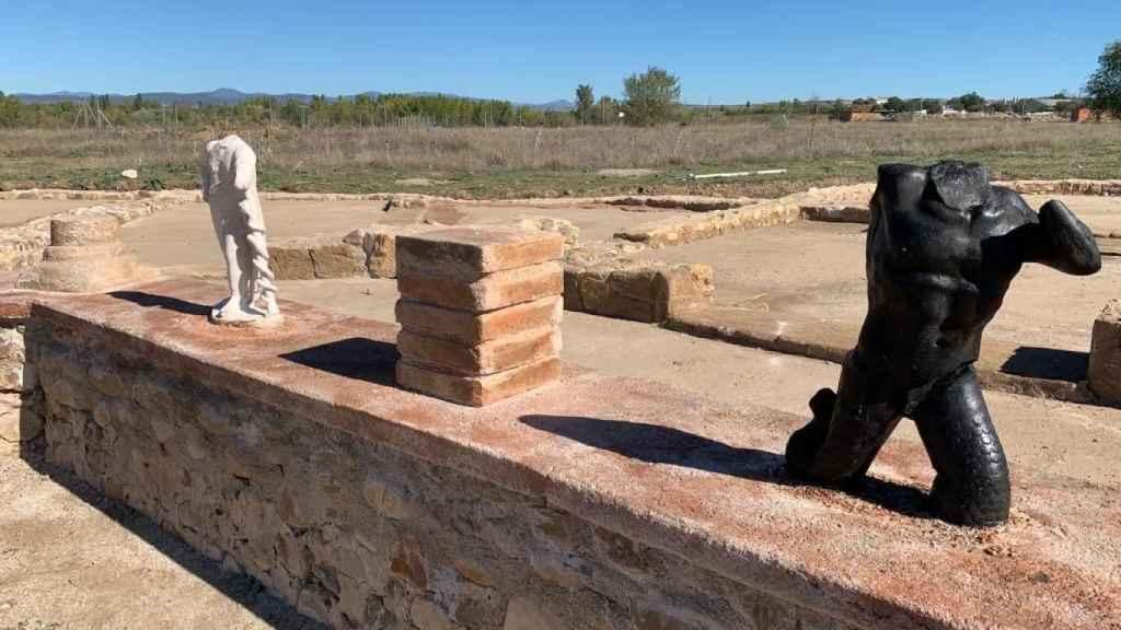 Las réplicas de las esculturas de la villa de Valdetorres del Jarama.