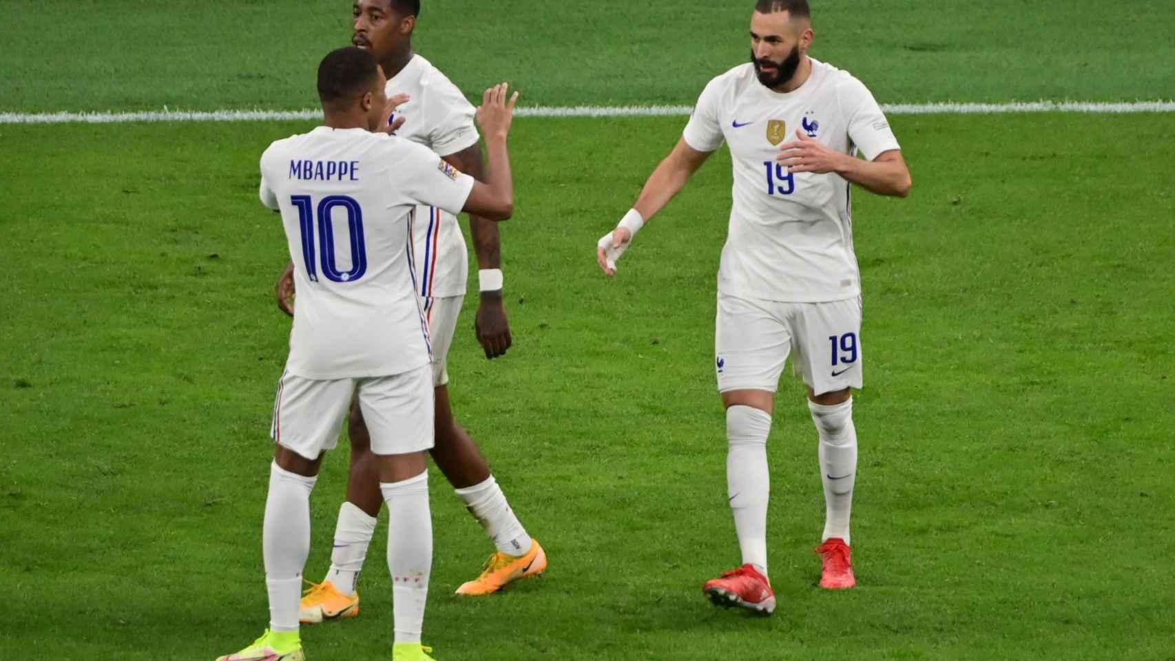 Karim Benzema celebra el gol frente a España en la final de la Nations League