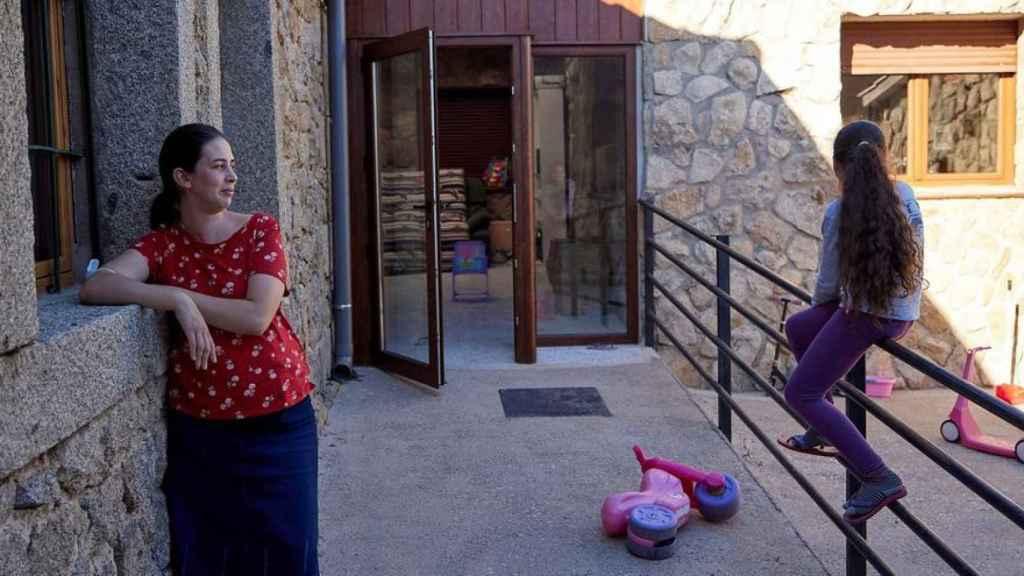 Una familia desahuciada de Madrid logra una maravillosa segunda oportunidad en Garciotum. Fotos: Efe