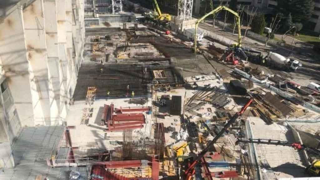 La zona donde crece el edificio este del Santiago Bernabéu
