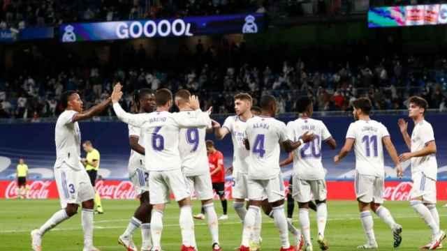 Los jugadores del Real Madrid celebran un gol en el Santiago Bernabéu