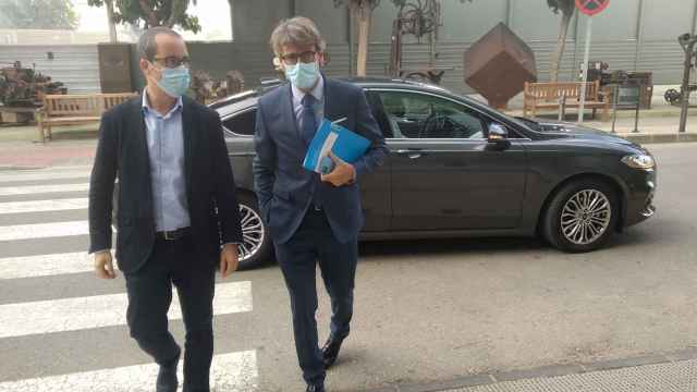 El consejero de Hacienda, Luis Alberto Marín, este lunes, a su llegada a la sede de Fremm.