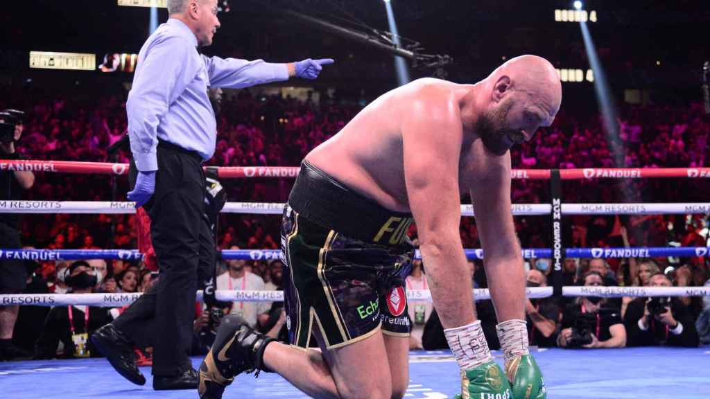 Tyson Fury, tras ganar y retener el cinturón del peso pesado de la WBC