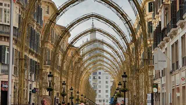 Los arcos navideños en calle Larios.