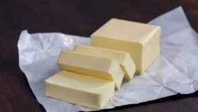 ¿Qué es mejor la mantequilla o la margarina? La OCU busca la más saludable (pero deja una dura crítica)