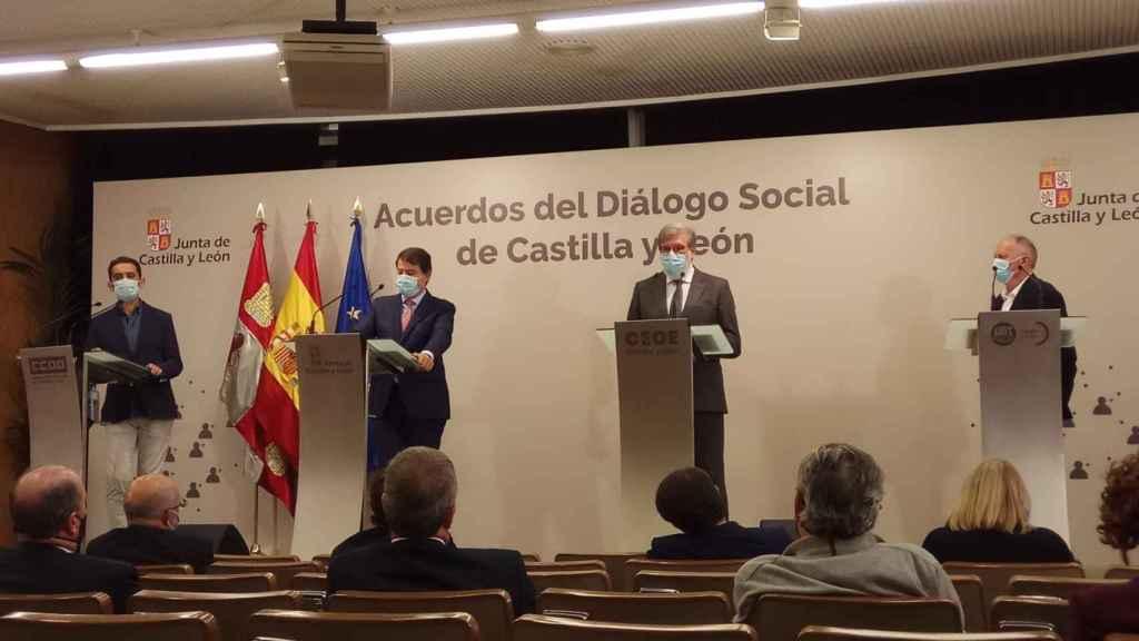 Firma del acuerdo del Diálogo Social