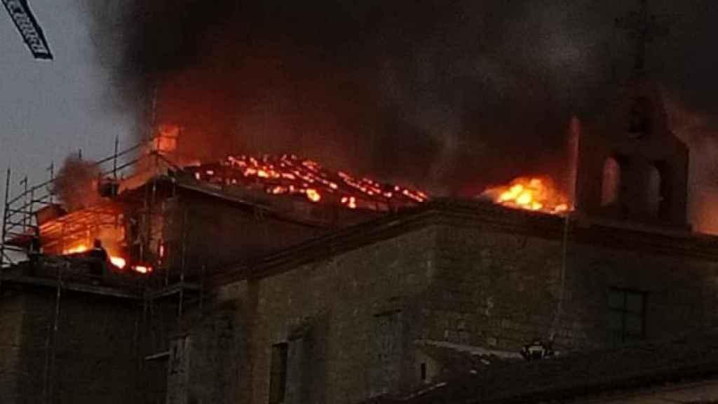 Imagen de archivo del primer incendio del monasterio de Ampudia