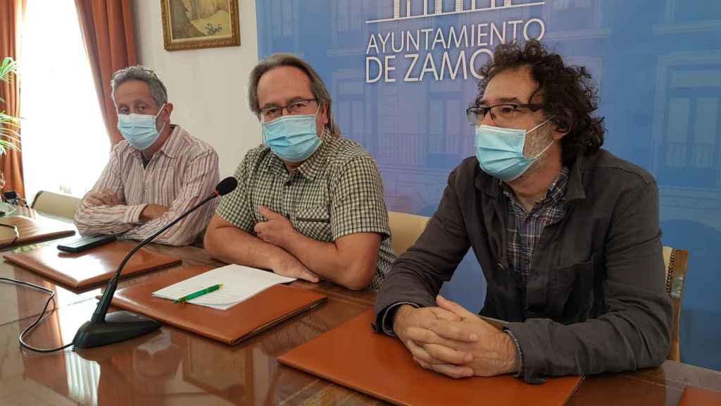 Romualdo Fernández, Francisco Guarido y Miguel Ángel Viñas