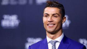 Cristiano Ronaldo, de traje en una gala