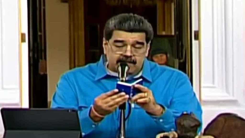 Nicolás Maduro se dirige a los venezolanos en el 'Día de la resistencia indígena'.