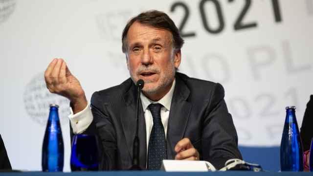 José Crehueras, el presidente del Grupo Planeta, durante la rueda de prensa previa al premio.