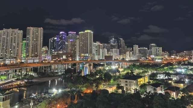 Vista nocturna de Miami. Foto: Rosa Jiménez Cano.