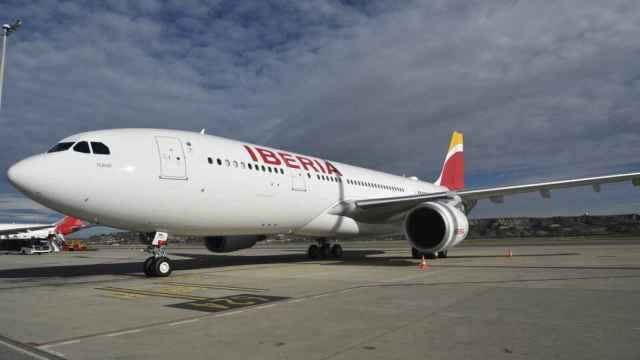 Iberia incrementa un 50% su oferta en el Puente Aéreo para relanzar los viajes de negocios