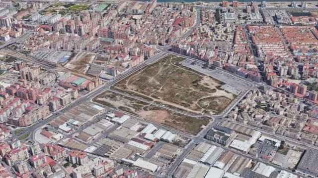 Vista aérea de los antiguos terrenos de Repsol, en Málaga.