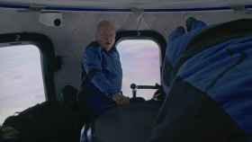 William Shatner, sorprendido en la cápsula New Shepard