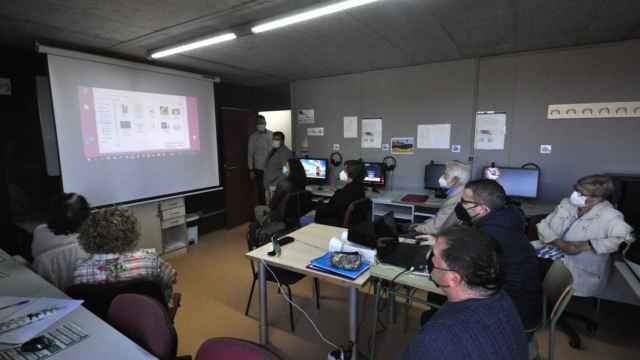 Actividades formativas en el Centro de Formación para Personas Adultas de Santa Marta
