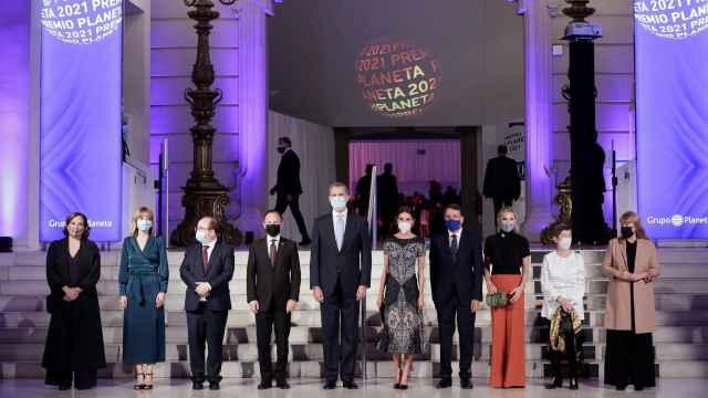 De Carmen Calvo a Joan Laporta: las mejores imágenes de los asistentes a los Premios Planeta