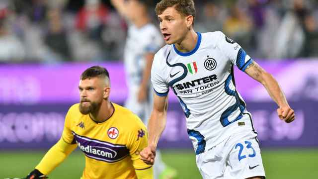Nicolo Barella celebra un gol del Inter de Milán
