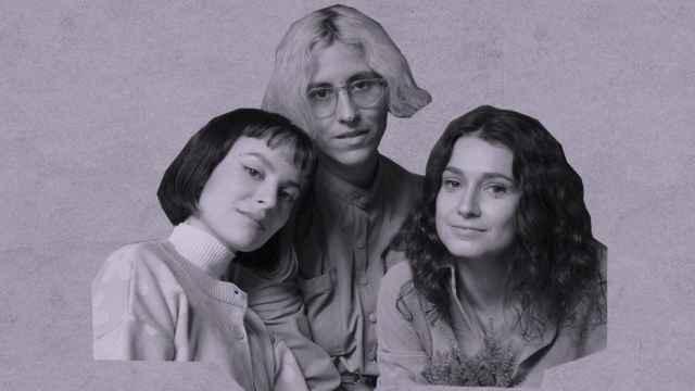 La integrantes de la banda Violeta.