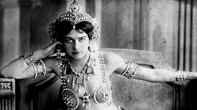 Mata-Hari, aproximación a un mito de novela negra con el Madrid bohemio de fondo