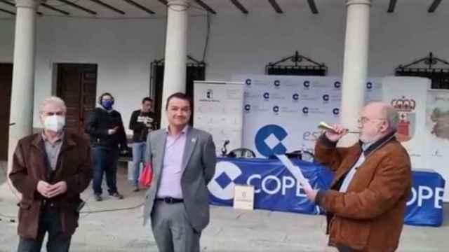 El consejero de Agricultura, Francisco Martínez Arroyo, un sábado más en el programa de César Lumbreras.