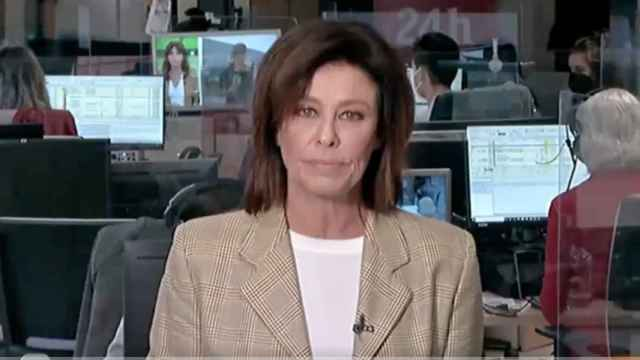 Beatriz Pérez-Aranda 'la lía' en directo en el Canal 24 horas cuando creía que nadie la estaba viendo