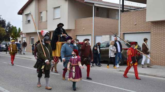 Carlos V visita la localidad de Valdestillas