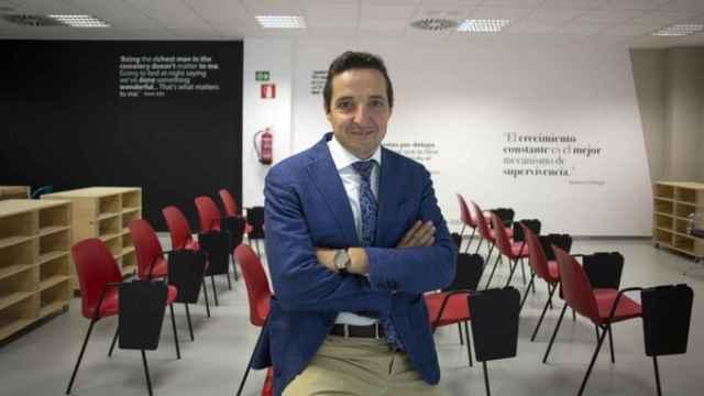 Juan Manuel Corchado es catedrático de Ciencias de la Computación e Inteligencia Artificial de la USAL