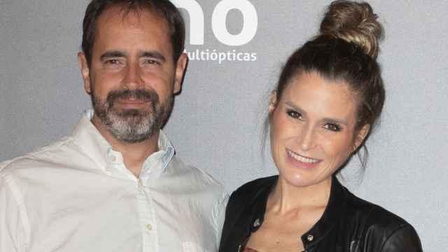 La 'influencer' Verdeliss junto a su marido, Aritz Seminario, en el evento 'Solo puede ser MÓ', celebrado el pasado viernes 15 de octubre.
