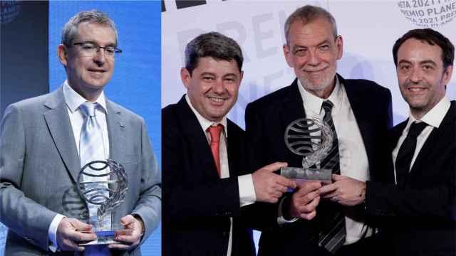 Santiago Posteguillo, ganador del Planeta en 2018, y Antonio Mercero, Jorge Díaz y Agustín Martínez, premiados en 2021.