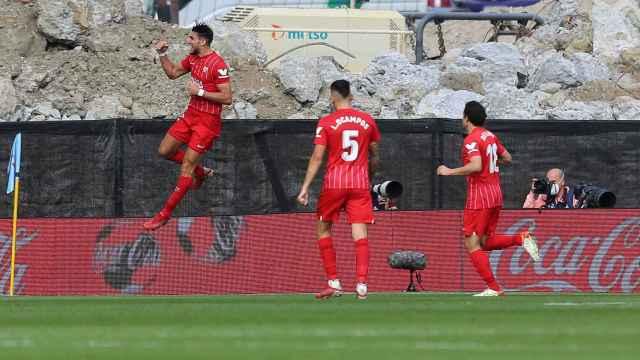 Rafa Mir celebra su gol ante el Celta